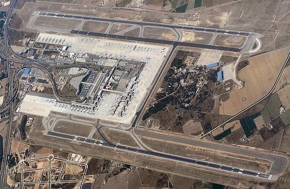 Son Banya desapareix a causa de la construcció d'una tercera pista a l'aeroport