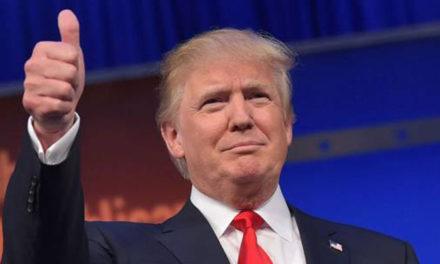 """Trump desinfectarà la Casa Blanca per si queden """"restes de negre"""""""