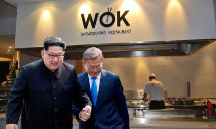 Els líders de les dues corees signen la pau en un wok