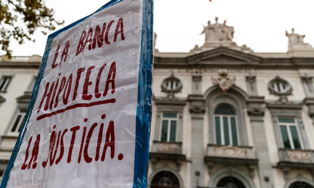 El Tribunal Suprem decreta que els bancs ens continuïn estafant de per vida i Sanchez demana que, si pot ser i per favor, s'ho repensin